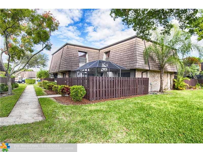 2630 NW 99th Ave #35, Coral Springs, FL 33065 (MLS #F10036832) :: United Realty Group
