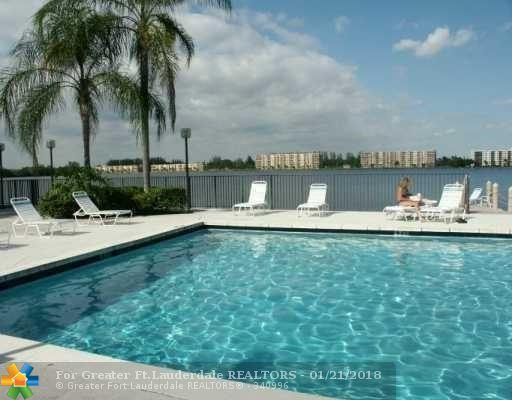 109 Lake Emerald Drive #102, Oakland Park, FL 33309 (MLS #F10103891) :: Castelli Real Estate Services