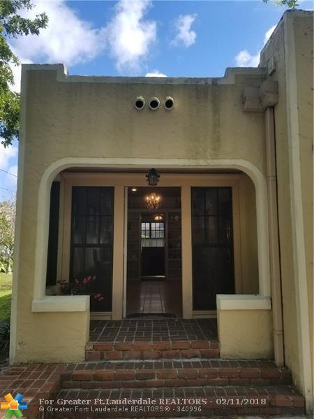 734 W Las Olas Blvd, Fort Lauderdale, FL 33312 (MLS #F10107993) :: Green Realty Properties