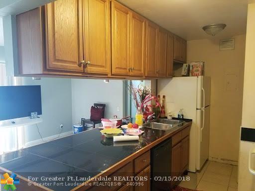 4505 Treehouse Ln H, Tamarac, FL 33319 (MLS #F10109098) :: Green Realty Properties
