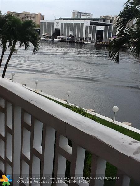 2900 NE 30th St 2I, Fort Lauderdale, FL 33306 (MLS #F10109494) :: Green Realty Properties