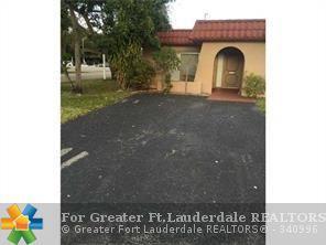 2300 SW 81st Ter #1, North Lauderdale, FL 33068 (MLS #F10110902) :: Green Realty Properties