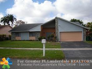 7040 NW 49 COURT, Lauderhill, FL 33319 (MLS #F10113516) :: Green Realty Properties