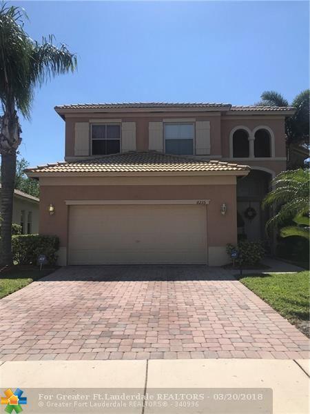 6235 Arlington Way, Fort Pierce, FL 34951 (MLS #F10114238) :: Green Realty Properties