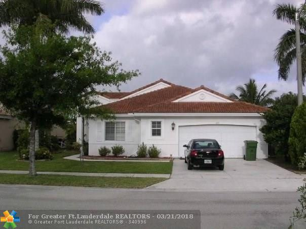 670 SW 164th Ave, Pembroke Pines, FL 33027 (MLS #F10114382) :: The Dixon Group