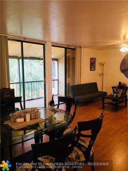 400 Commodore Dr #318, Plantation, FL 33325 (MLS #F10114610) :: The Dixon Group