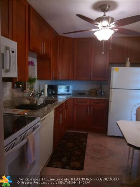3990 NW 42nd Ave #202, Lauderdale Lakes, FL 33319 (MLS #F10115136) :: Green Realty Properties