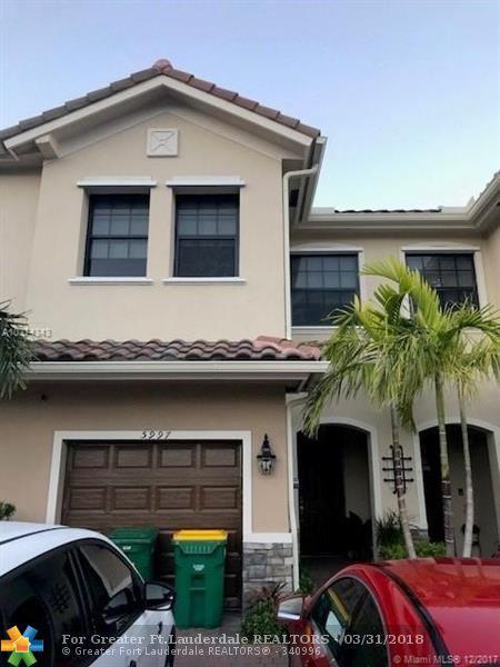 5997 NW 56th Pl #5997, Tamarac, FL 33319 (MLS #F10115973) :: Green Realty Properties