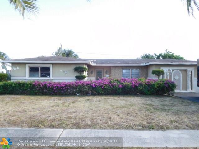 4940 NW 18th St, Lauderhill, FL 33313 (MLS #F10117134) :: Green Realty Properties