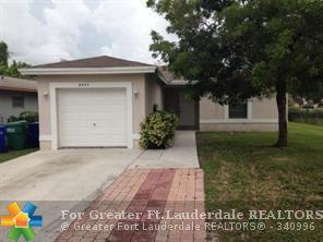 2711 NW 13TH St, Fort Lauderdale, FL 33311 (MLS #F10117136) :: Green Realty Properties