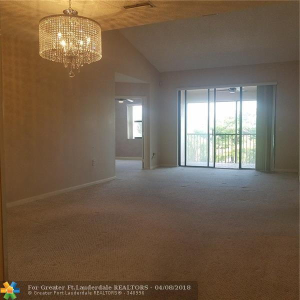4141 Coral Tree Cir #348, Coconut Creek, FL 33073 (MLS #F10117173) :: Green Realty Properties