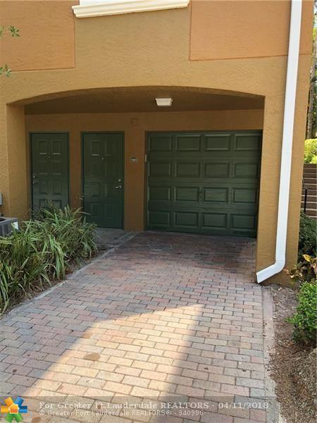 2965 NE 185th St #1503, Aventura, FL 33180 (MLS #F10117609) :: Green Realty Properties