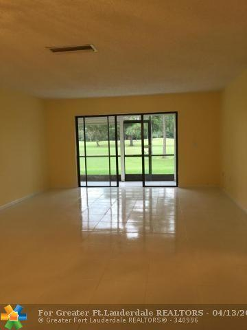 21656 Juego Cir C, Boca Raton, FL 33433 (MLS #F10118092) :: Green Realty Properties
