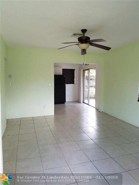 2631 SW 13th Av, Fort Lauderdale, FL 33315 (MLS #F10118145) :: Green Realty Properties