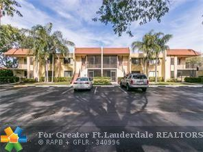 416 Lakeview Dr #106, Weston, FL 33326 (MLS #F10118887) :: The O'Flaherty Team