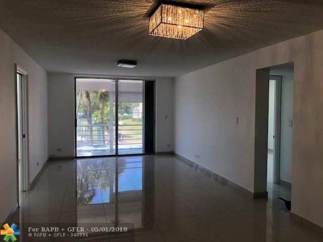 441 Ne 195Th St #211, Miami, FL 33179 (MLS #F10120225) :: Green Realty Properties