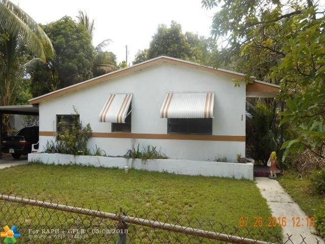 920 NW 34th Ave, Lauderhill, FL 33311 (MLS #F10121162) :: Green Realty Properties