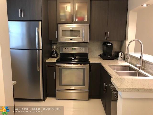 606 SW Natura Blvd #214, Deerfield Beach, FL 33441 (MLS #F10121330) :: Green Realty Properties