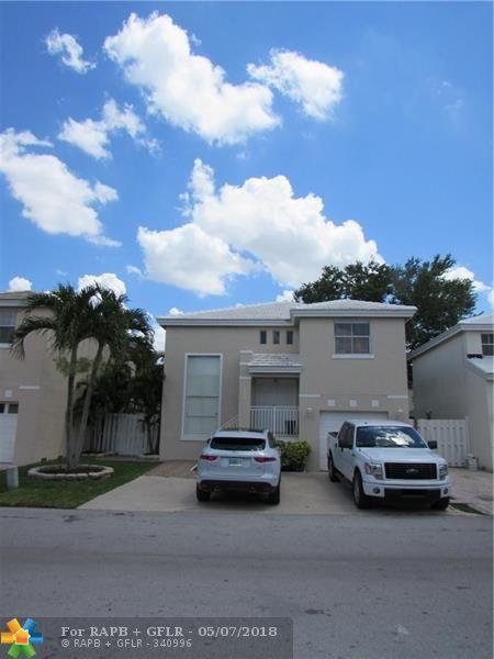 6642 Bayfront Dr, Margate, FL 33063 (MLS #F10121446) :: Green Realty Properties