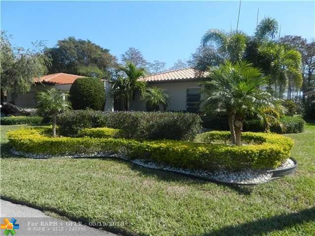 4600 King Palm Dr, Tamarac, FL 33319 (MLS #F10123005) :: Green Realty Properties