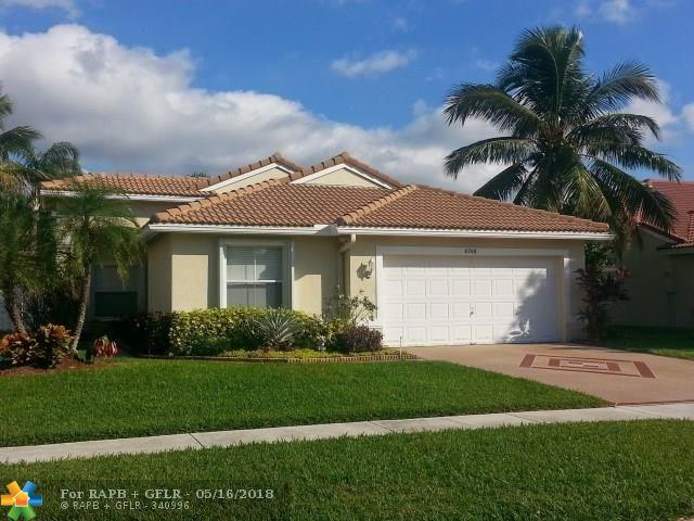 6760 Las Colinas Ln, Lake Worth, FL 33463 (MLS #F10123256) :: Green Realty Properties
