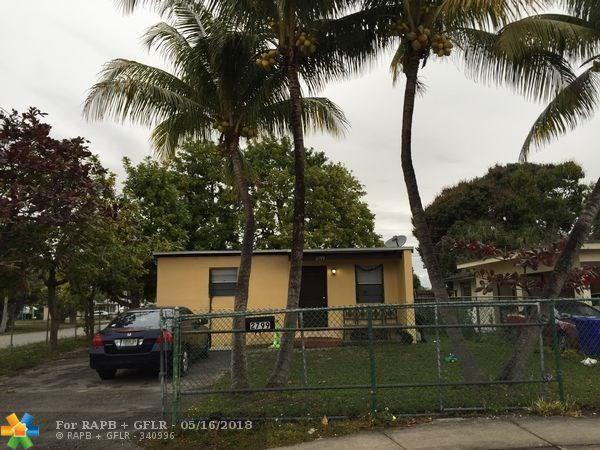 2799 NW 7th St, Fort Lauderdale, FL 33311 (MLS #F10123310) :: Green Realty Properties