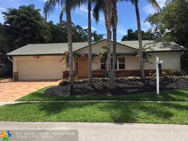 3715 NW 113th Ave, Coral Springs, FL 33065 (MLS #F10123374) :: The Dixon Group