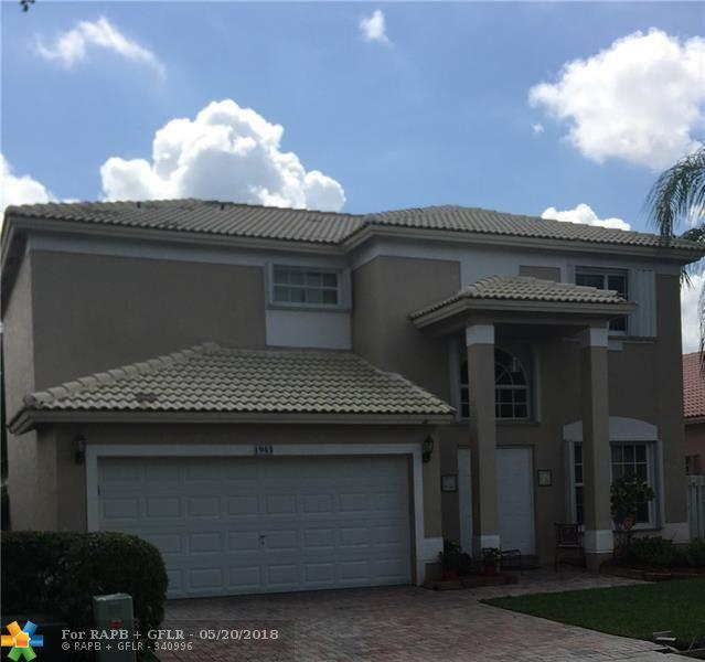 1943 NW 170th Ave, Pembroke Pines, FL 33028 (MLS #F10123413) :: The Dixon Group