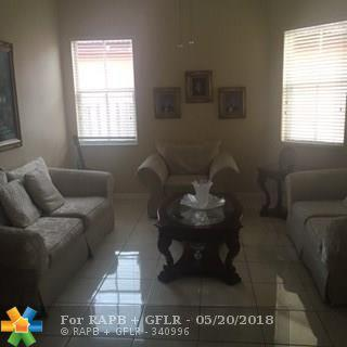 18146 NW 89th Ct, Miami Lakes, FL 33018 (MLS #F10123526) :: Green Realty Properties