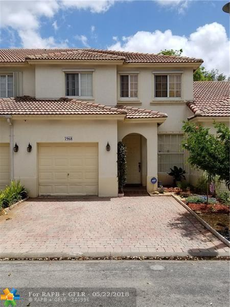 7968 NW 18th Ct, Pembroke Pines, FL 33024 (MLS #F10124026) :: United Realty Group