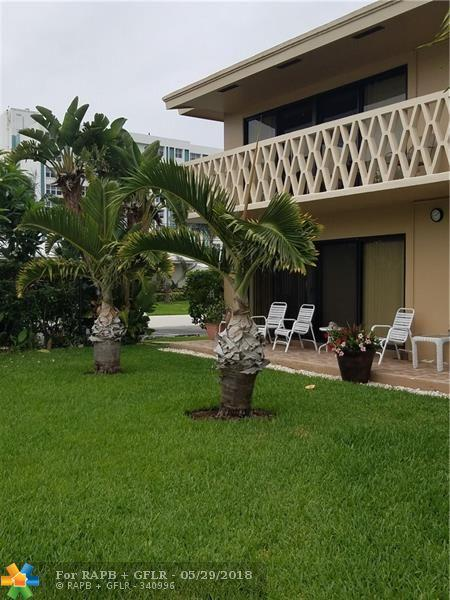 3208 SE 11th St #101, Pompano Beach, FL 33062 (MLS #F10124179) :: Green Realty Properties