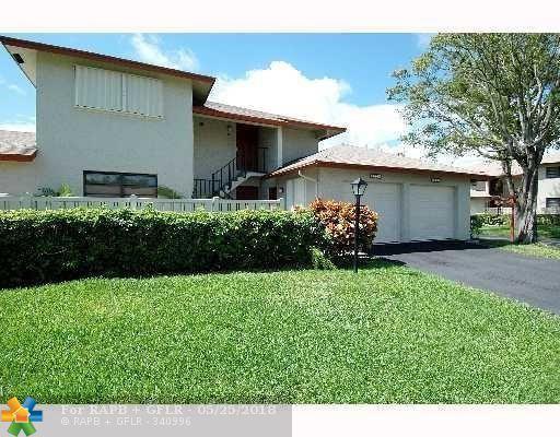 1800 NE 40th Ct #201, Pompano Beach, FL 33064 (MLS #F10124677) :: Green Realty Properties