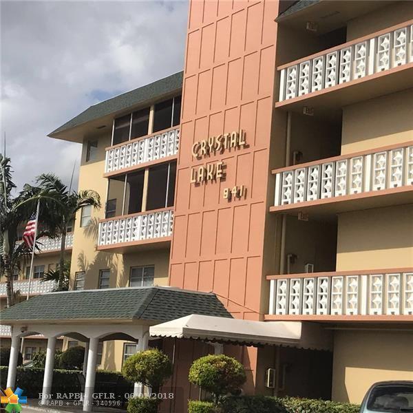 941 Crystal Lake Dr #308, Pompano Beach, FL 33064 (MLS #F10124739) :: Green Realty Properties