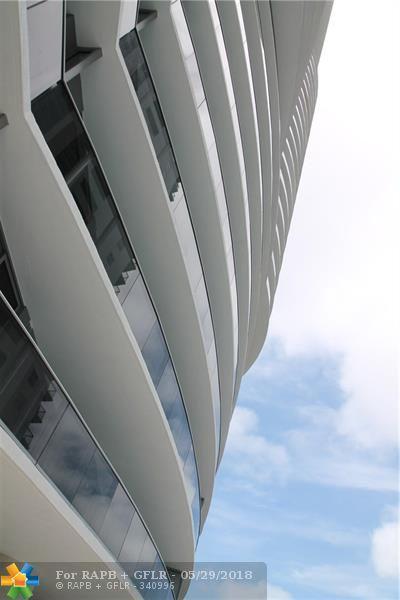 488 NE 18th Street #1708, Miami, FL 33132 (MLS #F10124814) :: Green Realty Properties
