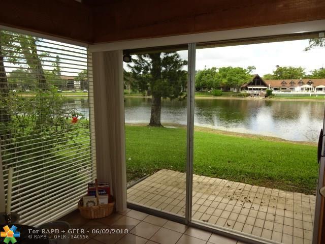 3465 Spring Bluff Pl ., Lauderhill, FL 33319 (MLS #F10125548) :: Green Realty Properties