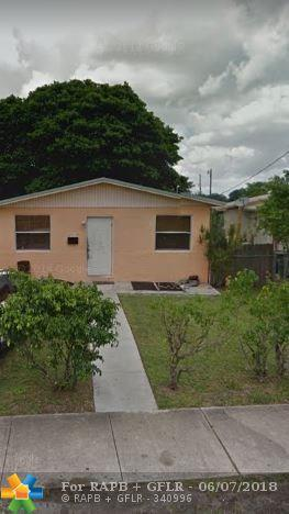 512 NW 7th Ct, Hallandale, FL 33009 (MLS #F10126407) :: Green Realty Properties