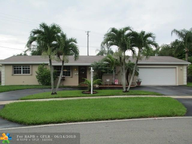 4900 SW 88th Ter, Cooper City, FL 33328 (MLS #F10127449) :: Green Realty Properties