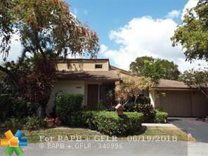 8197 Silver Palm Ct, Tamarac, FL 33321 (MLS #F10128135) :: Green Realty Properties