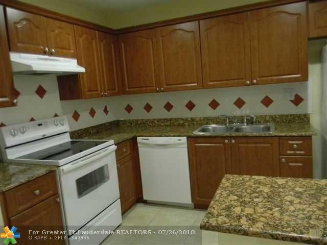 4593 Appalachian St, Boca Raton, FL 33428 (MLS #F10129165) :: Green Realty Properties