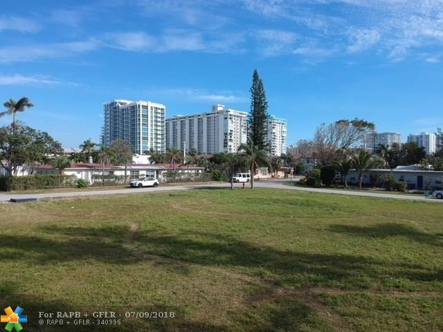 3213 SE 7th  St, Pompano Beach, FL 33062 (MLS #F10131035) :: Green Realty Properties