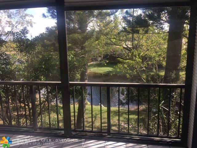 3730 Inverrary Dr 3E, Lauderhill, FL 33319 (MLS #F10131128) :: Green Realty Properties