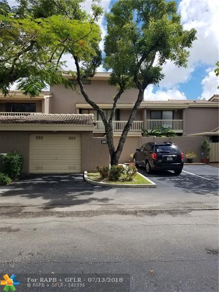 2007 Saint Andrews Rd #124, Hollywood, FL 33021 (MLS #F10131481) :: Green Realty Properties