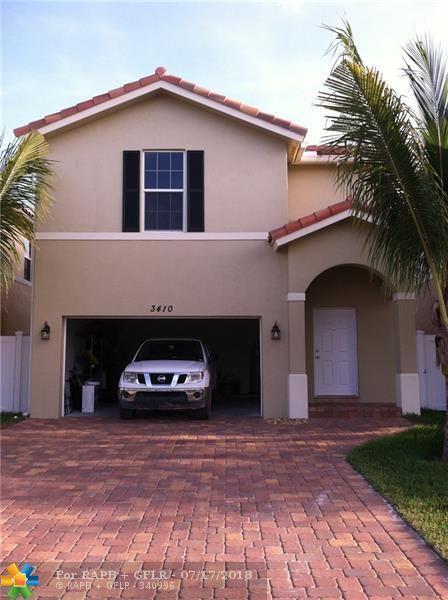 3410 N Elizabeth Pl N, Palm Springs, FL 33461 (MLS #F10132334) :: Green Realty Properties