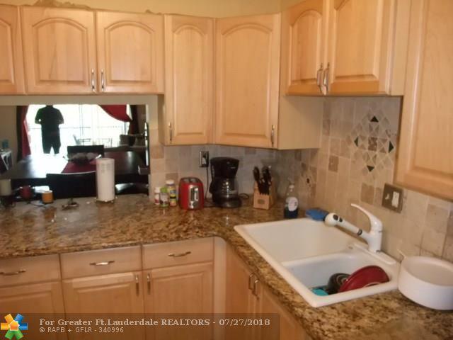 7910 Colony Cir #308, Tamarac, FL 33321 (MLS #F10132724) :: Green Realty Properties