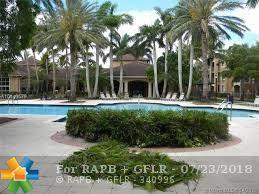8030 N Nob Hill Rd #204, Tamarac, FL 33321 (MLS #F10133204) :: Green Realty Properties