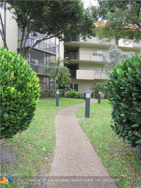 6200 S Falls Cir Dr #212, Lauderhill, FL 33319 (MLS #F10133732) :: Green Realty Properties