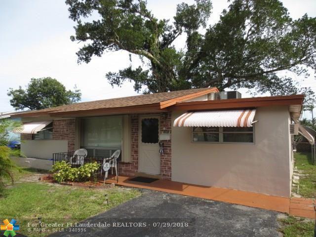 6720 Charleston St, Hollywood, FL 33024 (MLS #F10134119) :: Green Realty Properties