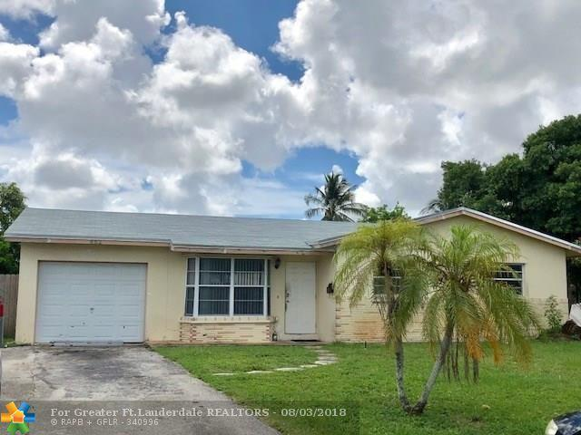 862 SW 68th Ave, North Lauderdale, FL 33068 (MLS #F10134816) :: Green Realty Properties