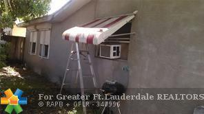 6210 SW 9th Pl, North Lauderdale, FL 33068 (MLS #F10135135) :: Green Realty Properties