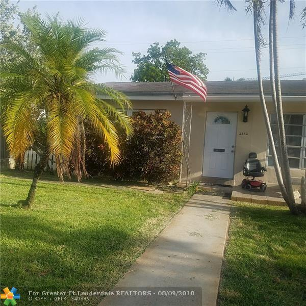 2132 Taylor St, Hollywood, FL 33020 (MLS #F10135899) :: Green Realty Properties